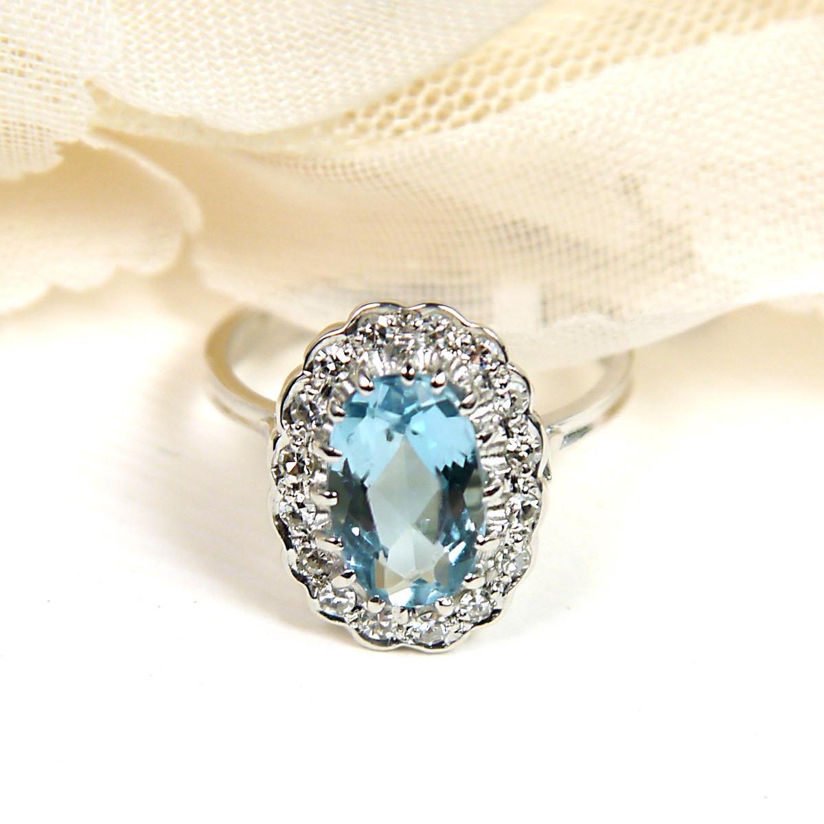 18k Aquamarine Ring with Diamonds